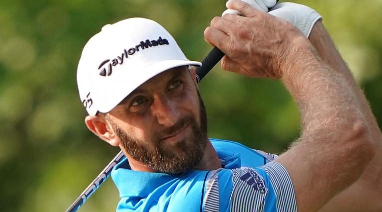 Dustin Johnson sigue al frente de la clasificación del PGA Tour