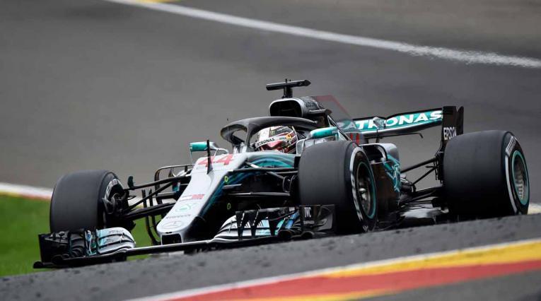 Lwis Hamilton en la vuelta que le dio la 'pole' en el Gran Premio de Bélgica de Fórmula 1