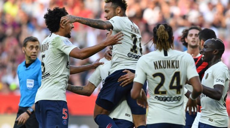 El PSG logró el triunfo ante el Niza en Francia.