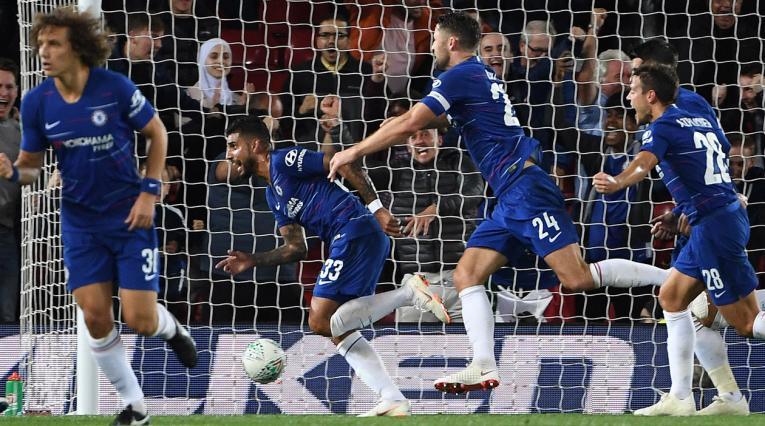 Chelsea derrotó a Liverpool en Anfield