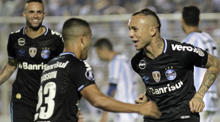 Gremio derrotó a Tucumán en la Libertadores