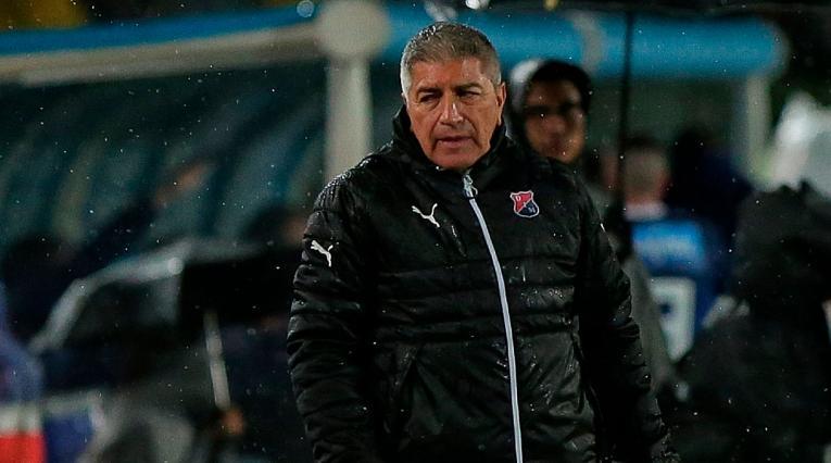 Octavio Zambrano, técnico ecuatoriano del Independiente Medellín