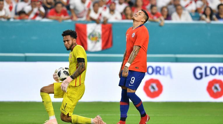 Perú vs Chile en juego amistoso