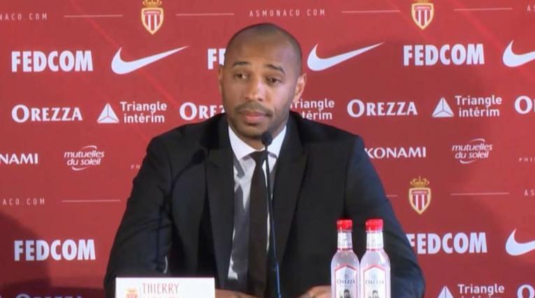 Thierry Henry en su presentación con el Mónaco