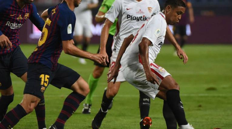 Luis Fernando Muriel contra el Barcelona
