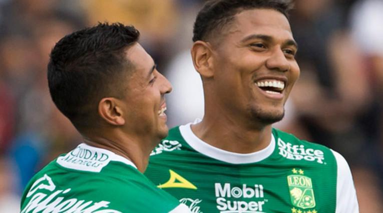 Alex Mejía, mediocampista colombiano que juega en El León de México