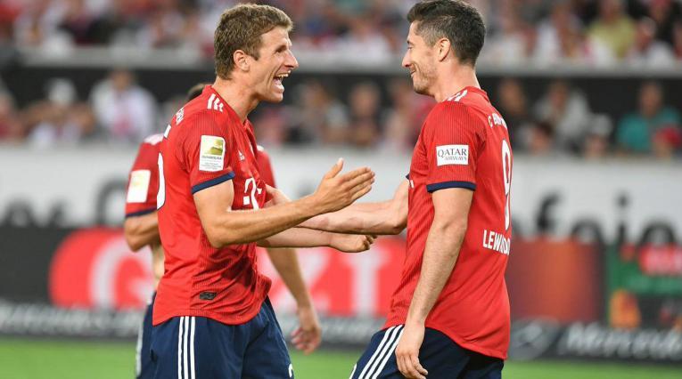 Thomas Muller y Robert Lewandowski