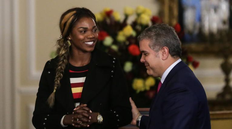 Caterine Ibargüen y el presidente Iván Duque