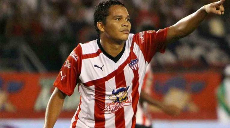 Carlos Bacca jugando con el Junior de Barranquilla