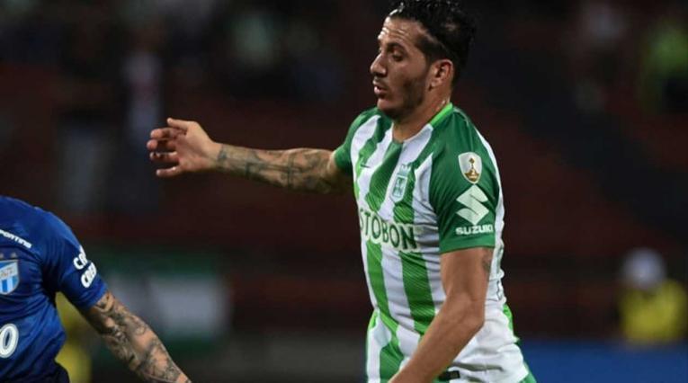 Castellani jugando con Atlético Nacional
