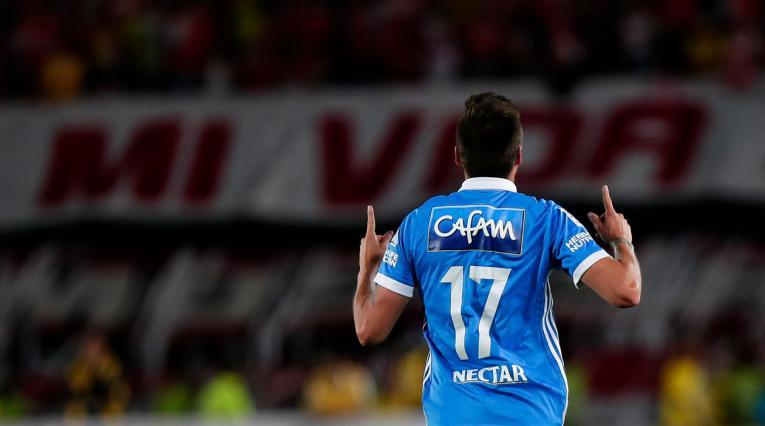 Henry Rojas celebrando el gol que le dio el título a Millonarios ante Santa Fe en 2017