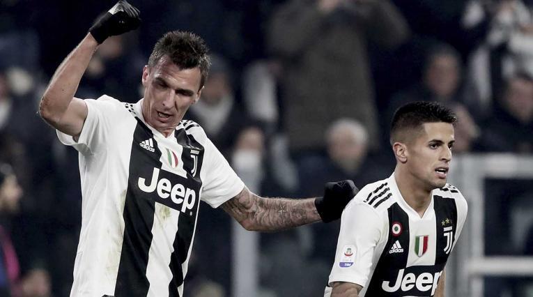 Mario Mandzukic le dio el triunfo a la Juventus ante el Inter