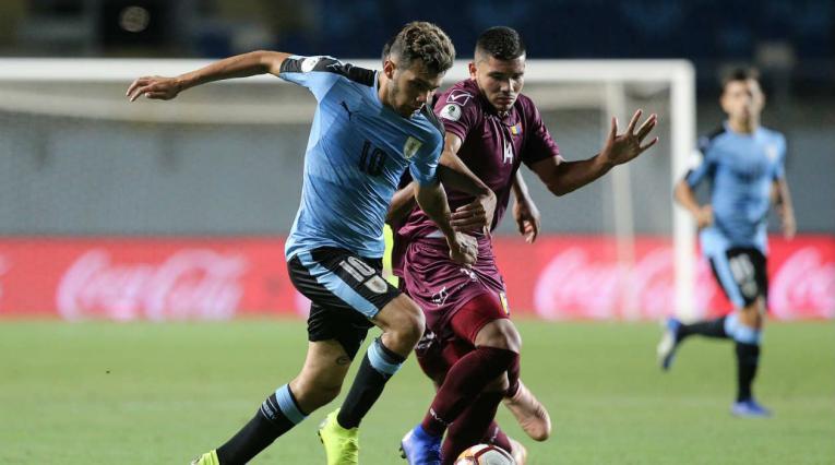 Uruguay y Venezuela en el Sudamericano sub 20