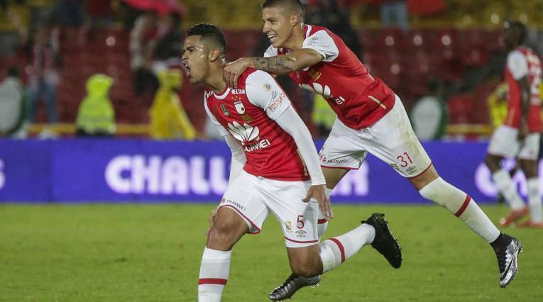 Yulián Anchico jugando en Independiente Santa Fe