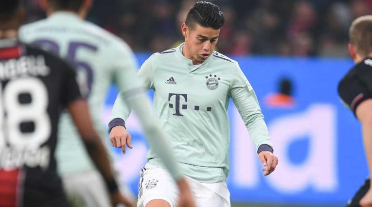 James Rodríguez en el partido del Bayern Munich ante el Bayer Leverkusen
