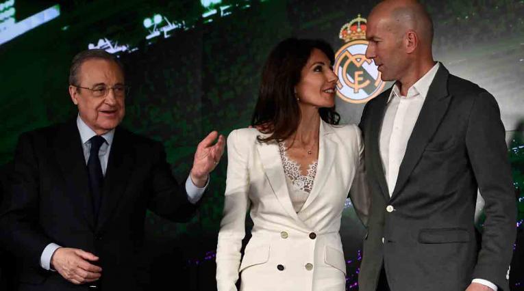 Florentino Pérez y Zinedine Zidane durante la presentación del técnico francés.