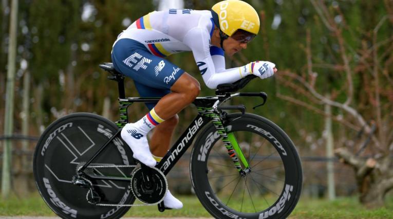 Daniel Felipe Martínez, ciclista del Education First