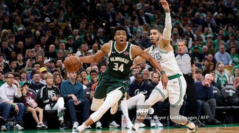 Boston Celtics vs Milwaukee Bucks - NBA