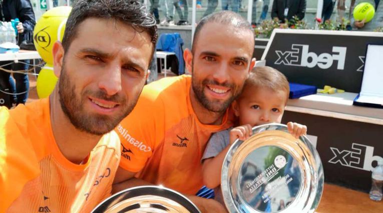 Robert Farah y Juan Sebastián Cabal luego de ganar el Masters 1000 de Roma