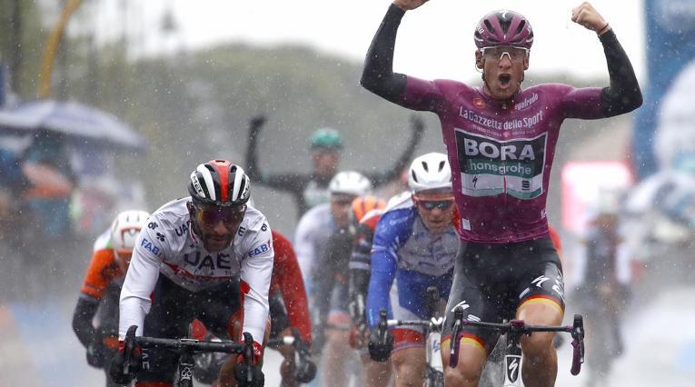 Fernando Gaviria quedó segundo en la quinta etapa del Giro de Italia