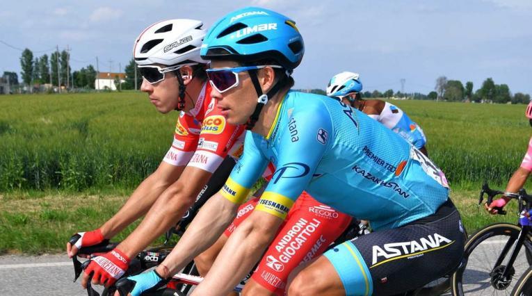 Miguel Ángel López le descontó más de medio minuto a varios favoritos en el Giro