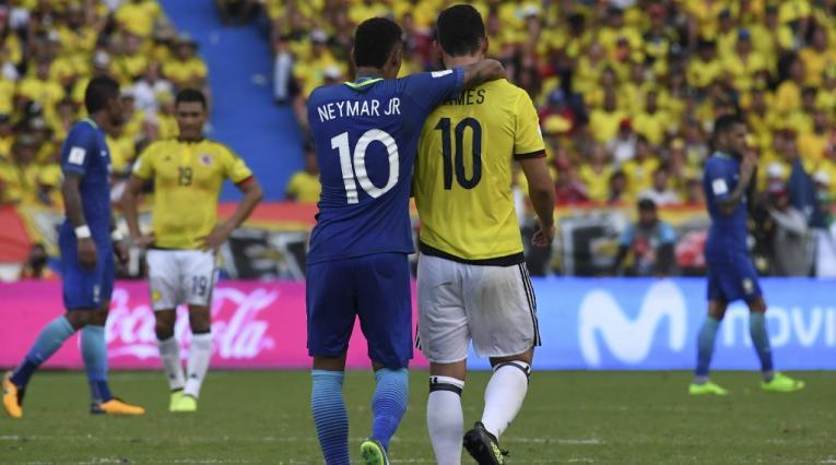 Neymar y James Rodríguez en un Colombia vs Brasil