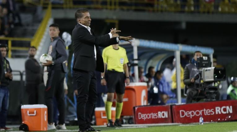 Alexis García, técnico colombiano