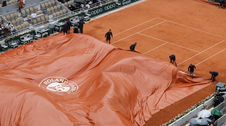 Cancha Roland Garros-Suspendido