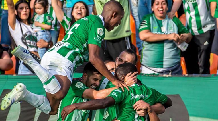 Atlético Nacional 2019 - jugadores celebrando un gol