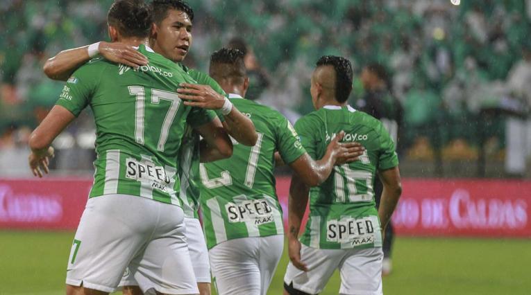 Atlético Nacional - jugadores celebrando un gol
