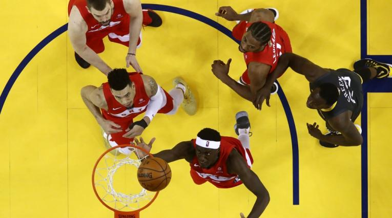 Warriors vs Raptors - cuarto juego final NBA