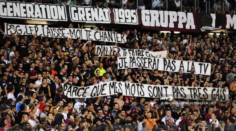 Metz vs PSG; pancartas
