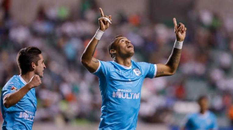 Ayron del Valle, delantero colombiano que juega en el Querétaro