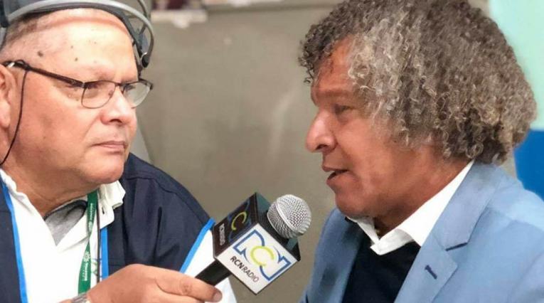 Alberto Gamero, técnico del Deportes Tolima, hablando en exclusiva con RCN Radio, Antena 2
