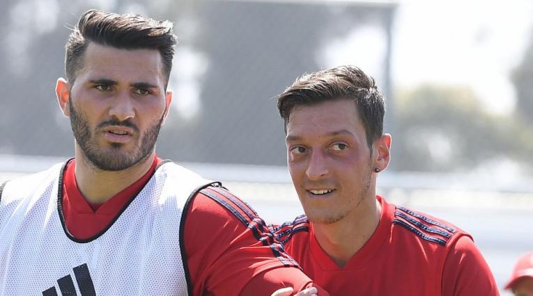 Kolasinac y Özil