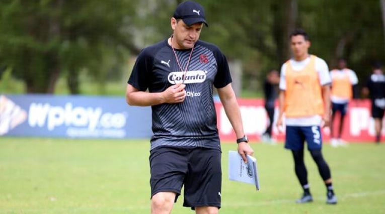 Aldo Bobadilla, técnico de Independiente Medellín