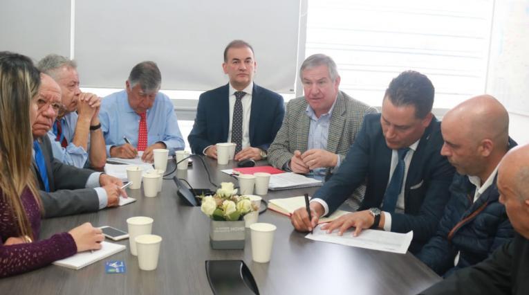 Reunión del Ministerio de Trabajo con los directivos del fútbol.
