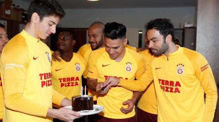 Cumpleaños Falcao García en Galatasaray