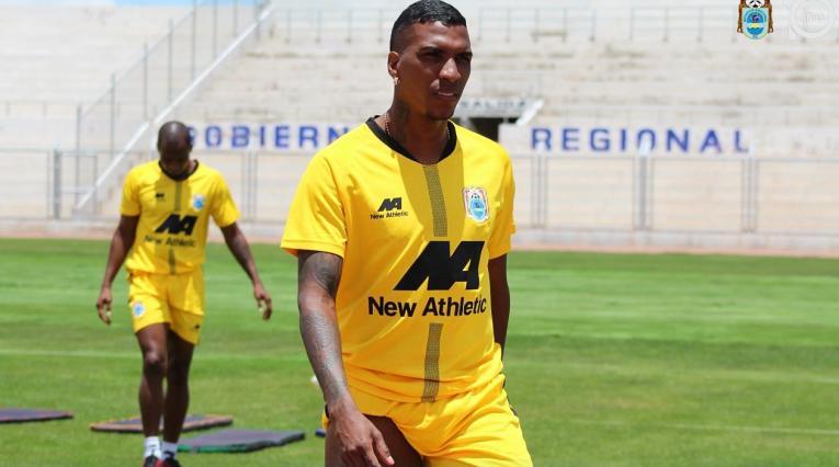 Johan Arango, futbolista colombiano de Binacional