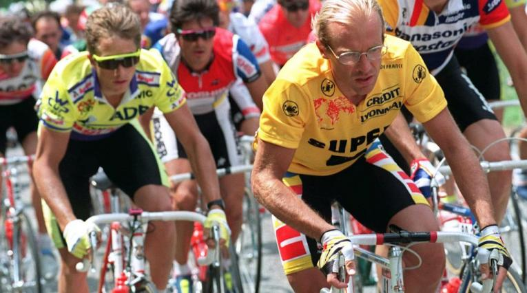 Greg Lemond y Fignon disputan el Tour de Francia de 1989