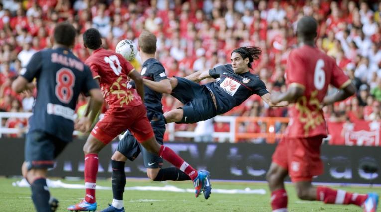 Gol de Falcao García contra América de Cali en 2012