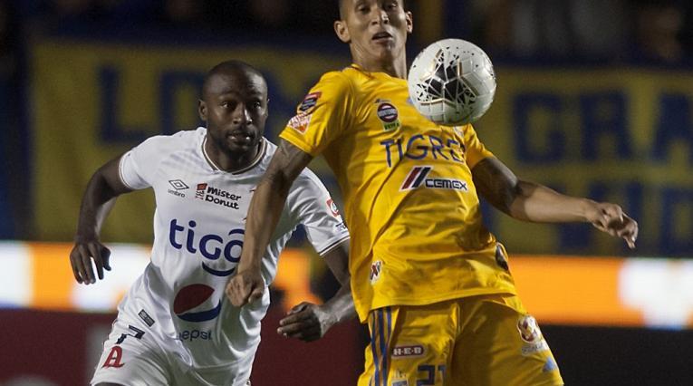 Francisco Meza, defensor colombiano en el fútbol de México.
