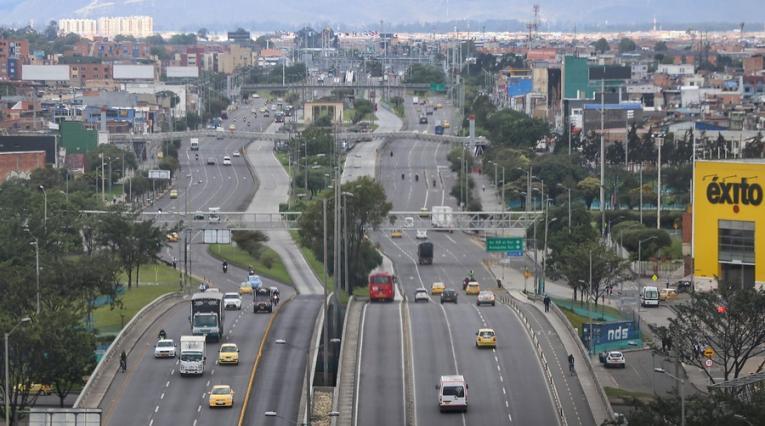 Pico y cédula, Bogotá
