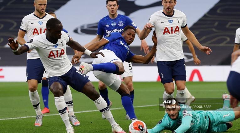 Yerry Mina - Tottenham vs Everton