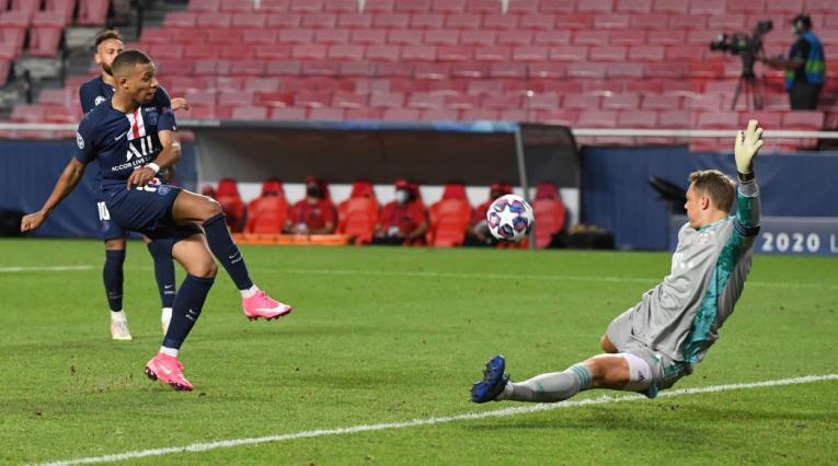 Atajada Manuel Neuer
