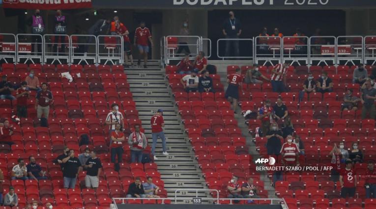 Hinchas en Bayern vs Sevilla