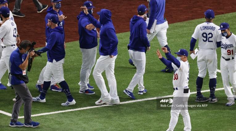 Dodgers vs Bravos - MLB
