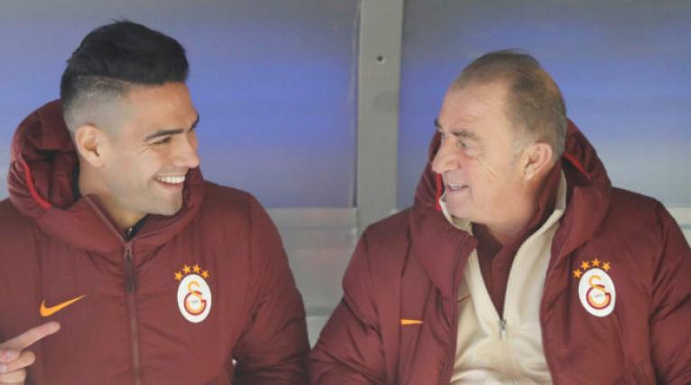 Falcao y Fatih Terim