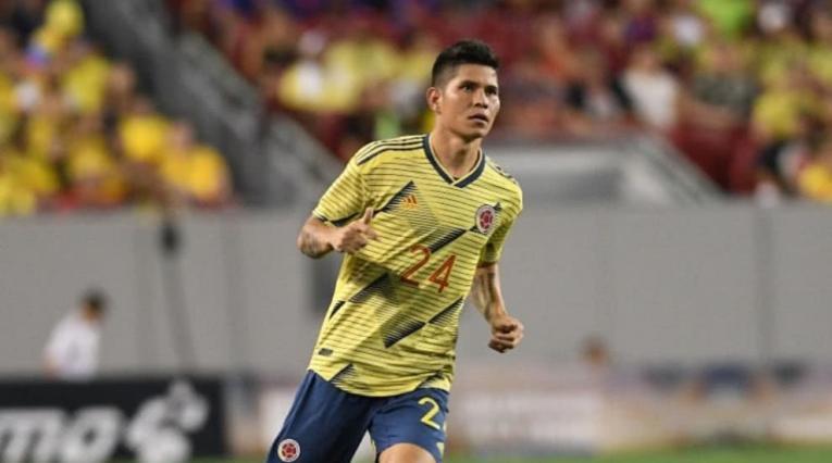 Jorman Campuzano jugando con la Selección Colombia