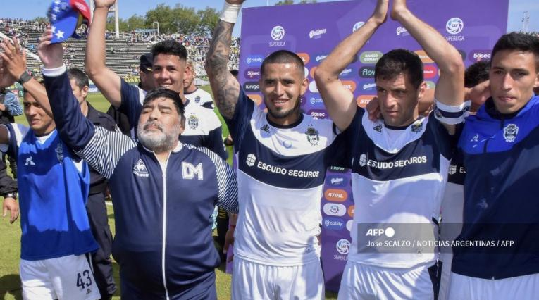 Gimnasia y Diego Maradona